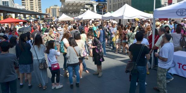 crowds at Dundas Square for a festival