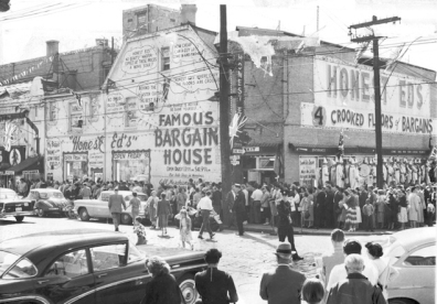 historical black and white photo of Honest Eds store at Bloor and Bathurst.