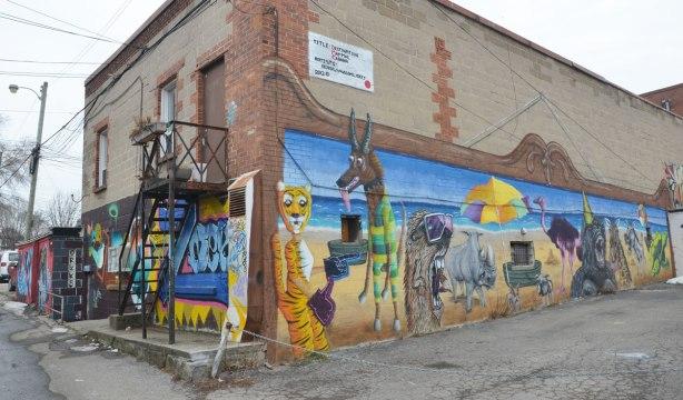 Destination Mammals Cabana mural,