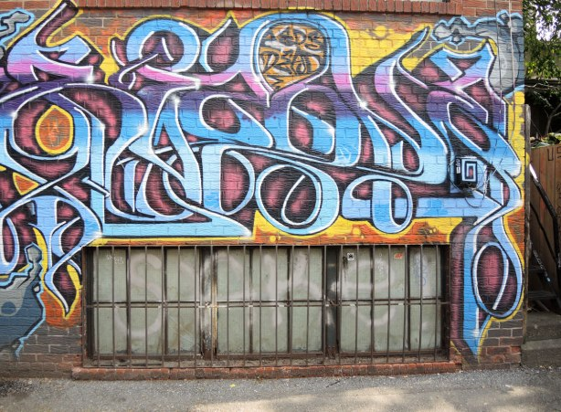 graffiti and street art in Graffiti Alley in Toronto -