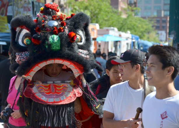 blog_chinatown_festival_black_dragon