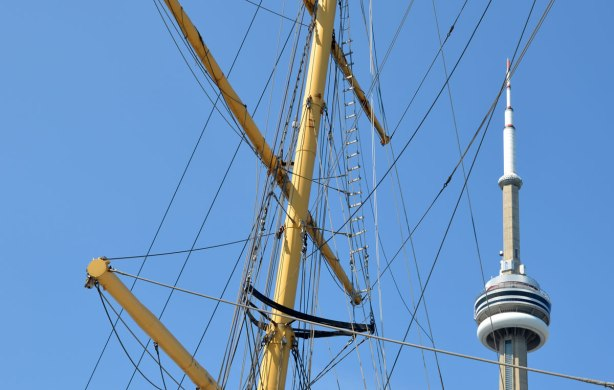 blog_CN_Tower_rigging