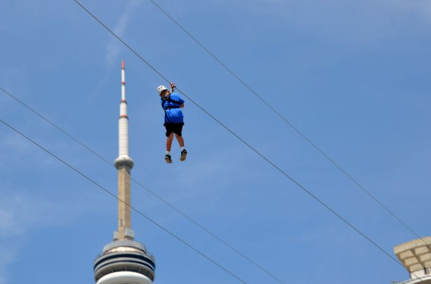 blog_CN_Tower_zipline