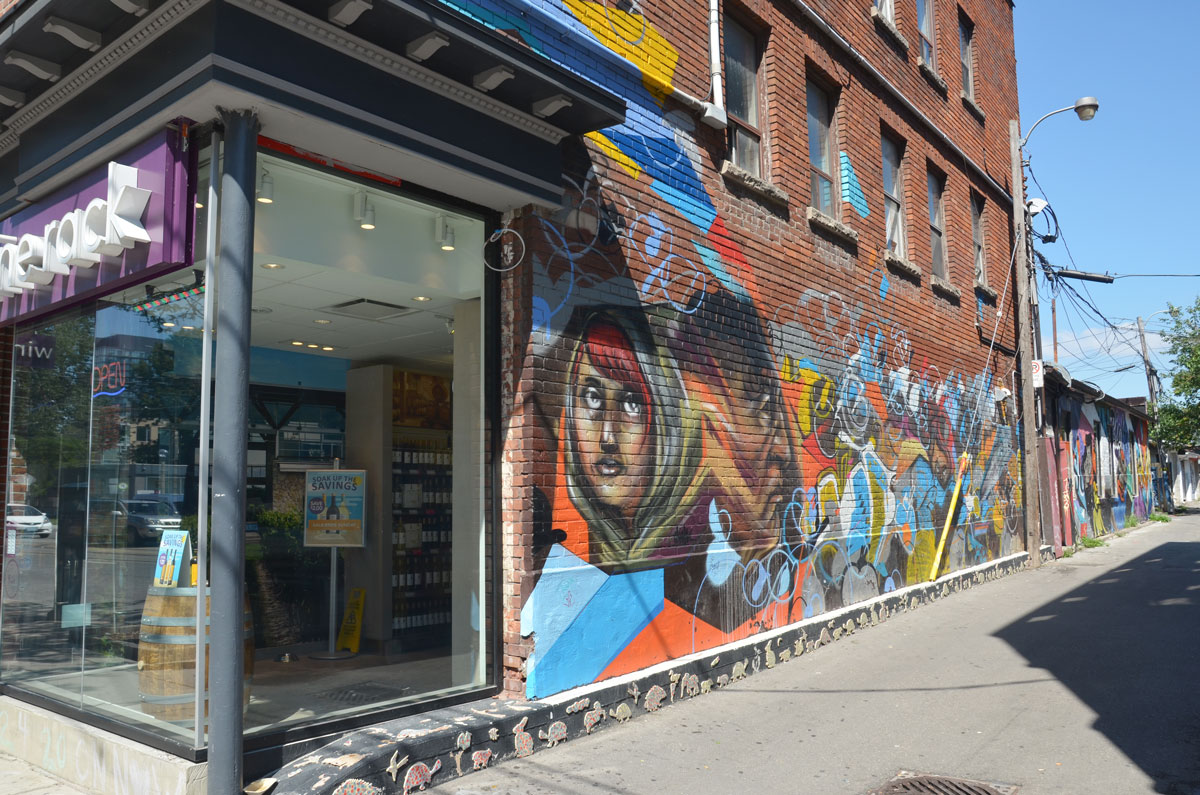 almost around the block | as I walk Toronto