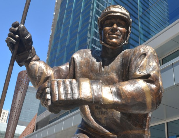 A close up look of the face and upper body of the statue of ex Toronto Maple Leaf player Matt Sundin