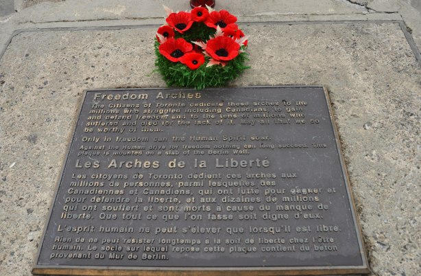 blog_poppies_freedom_arches