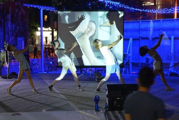 blog_dancers_line