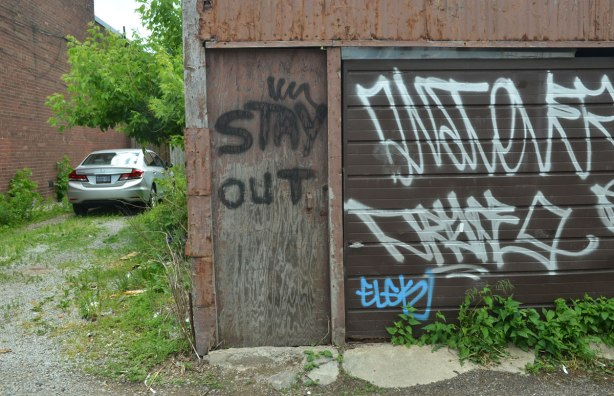 blog_stay_out_door_alley
