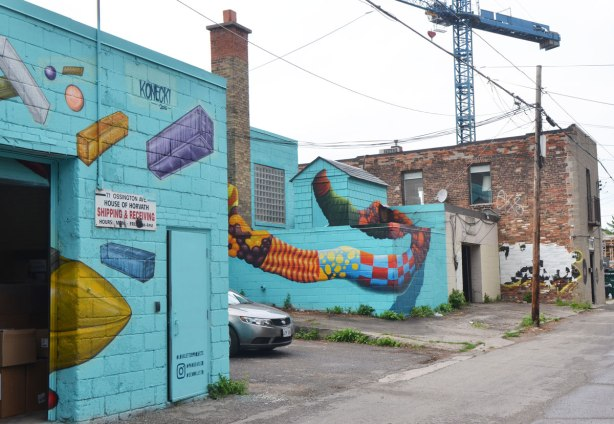 mural on turquoise, serpent, alley birdo, konecki,Love letter to the Great Lakes