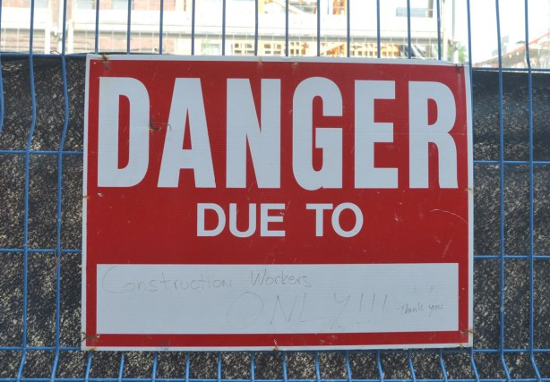blog_construction_workers_danger