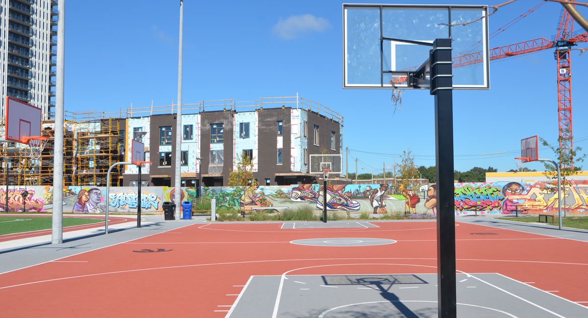 Regent park athletics as i walk toronto for Basketball court mural