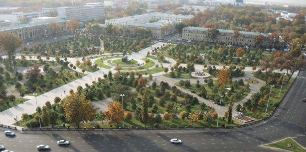 view from top floor window of Hotel Uzbekistan overlooking Amir Timor Square