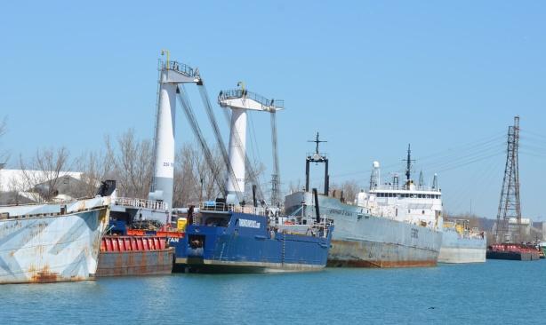 ships docked
