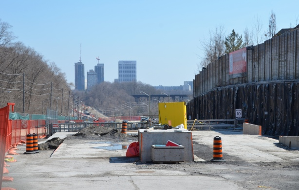 looking east on Eglinton, towards Don Mills Road in the distance, construction in the foreground
