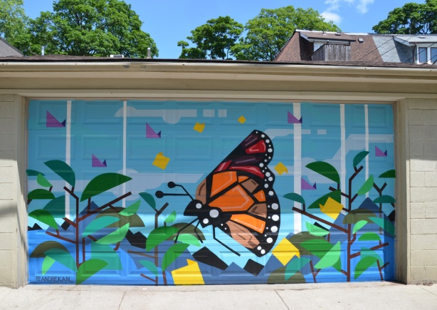monarch butterfly, mural in alley