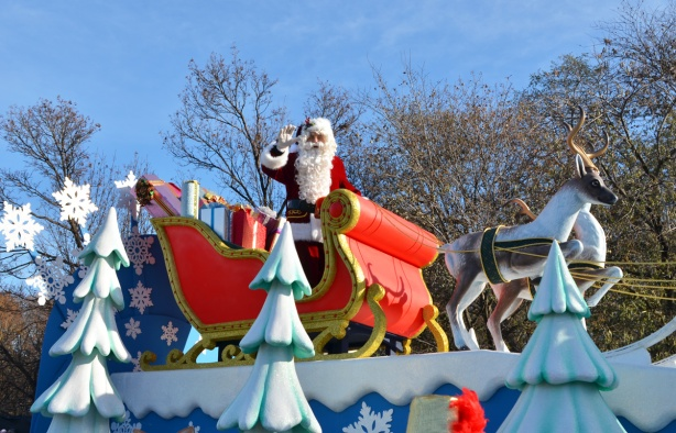 Santa Claus in his sleigh, Santa Claus parade