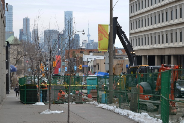 looking south towards downtown, Yonge street construction, water main replacement, at Rosehill