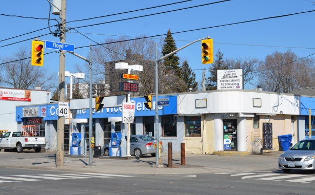 independent gas station and service center at Floyd street