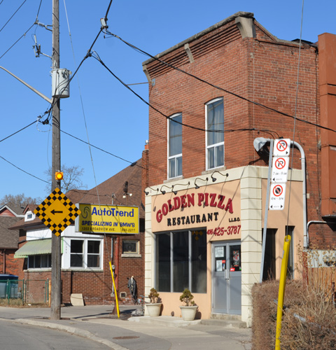 the golden pizza restaurant on Broadview, old 2 storey brick building with square roofline facade