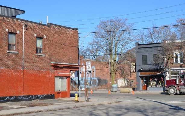 Queen street east, vacant lot on the north side