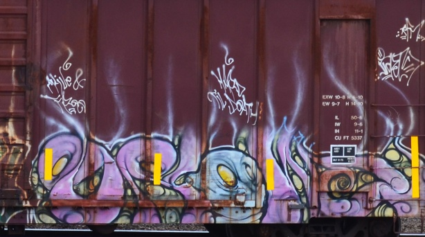 reddich colour boxcar with pink and blue blobs, graffiti