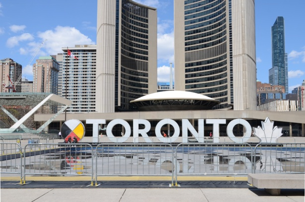 3 D toronto sign in front of city hall