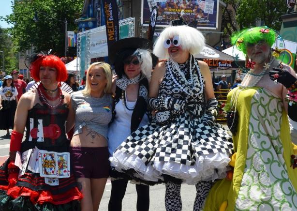 group, drag queens, pride parade