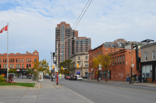 intersection of Keele and Dundas, looking north on Keele