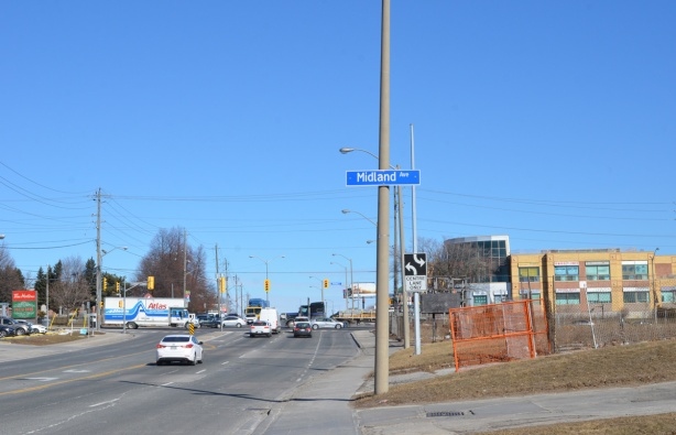 intersection of Midland and Sheppard East, on Sheppard, looking east,