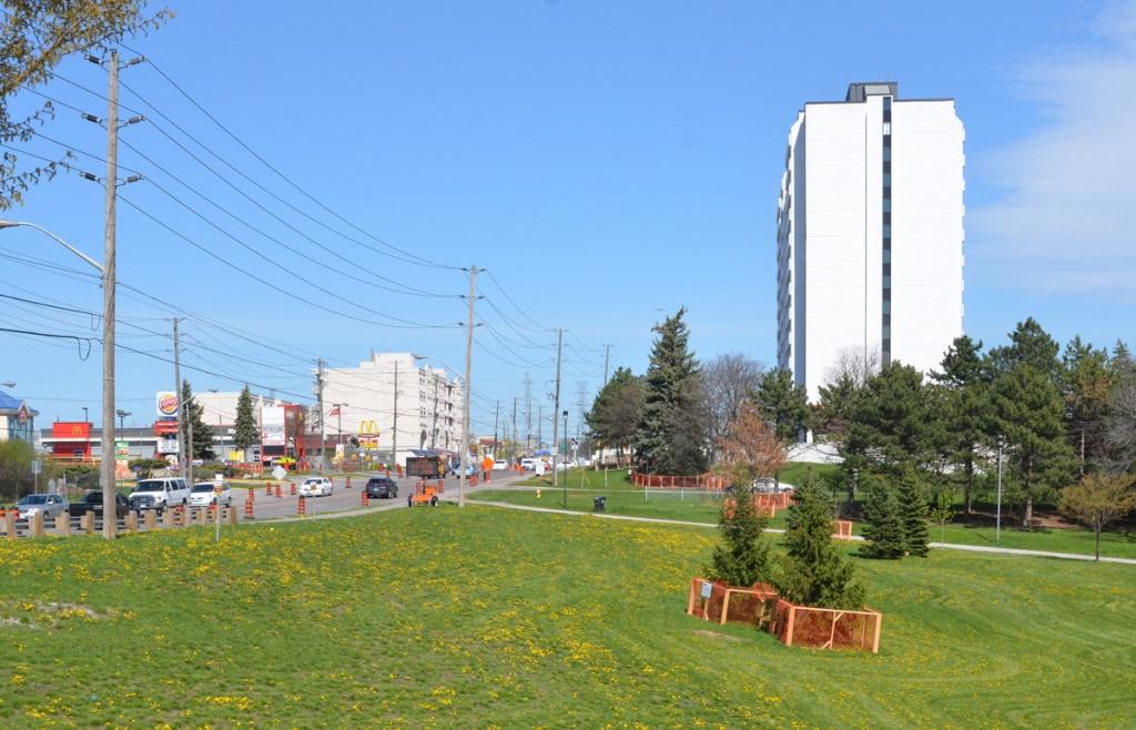 Lindylou park looking northeast towards finch and weston road, apartment building, Burger King, McDonalds