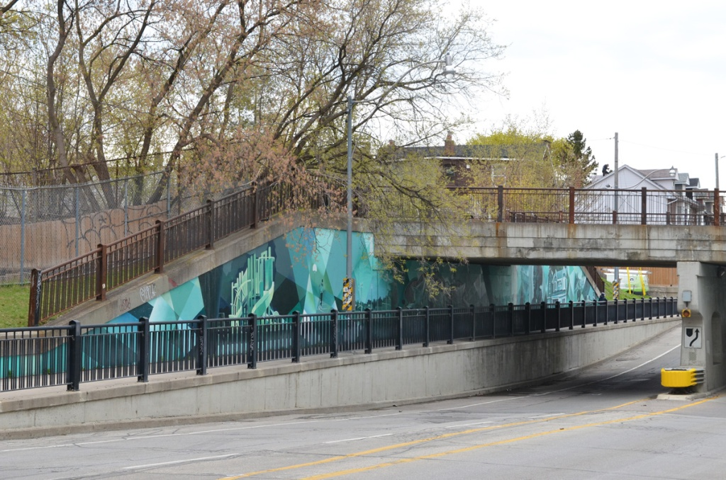 mural on Jones Ave., Bridges to Art