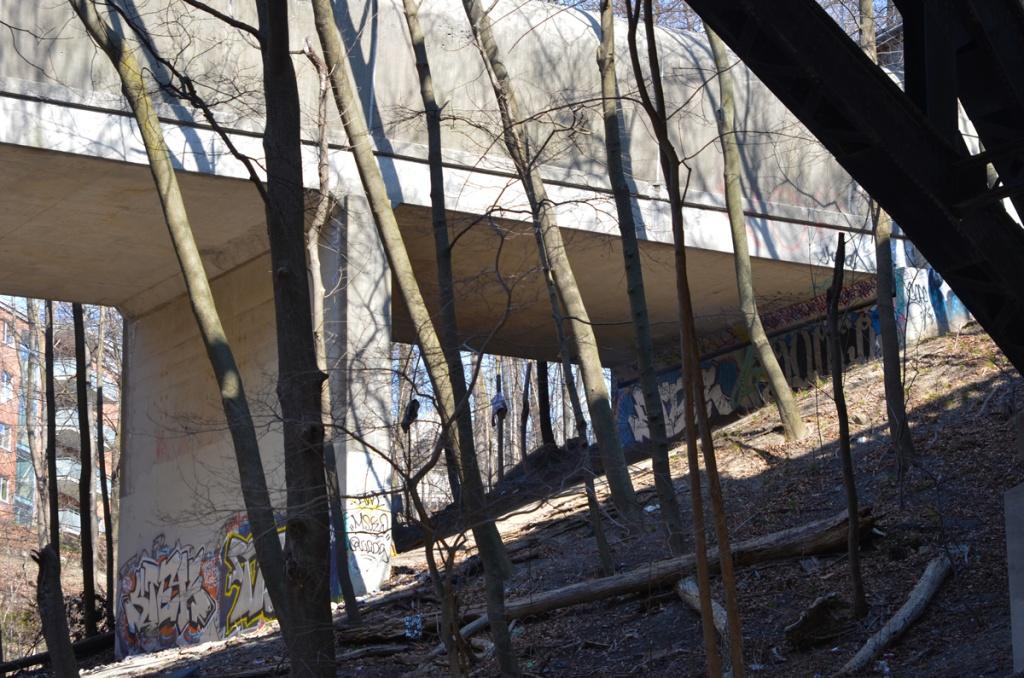 TTC subway bridge from below on Rosedale Valley Road