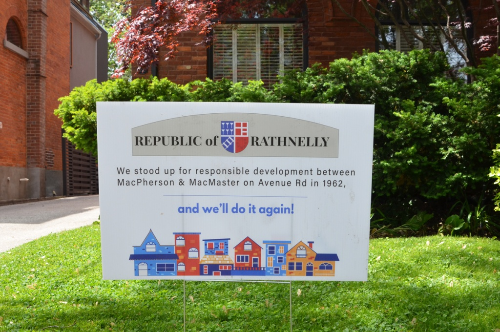 Republic of Rathnelly sign on a front lawn, protesting development in the area